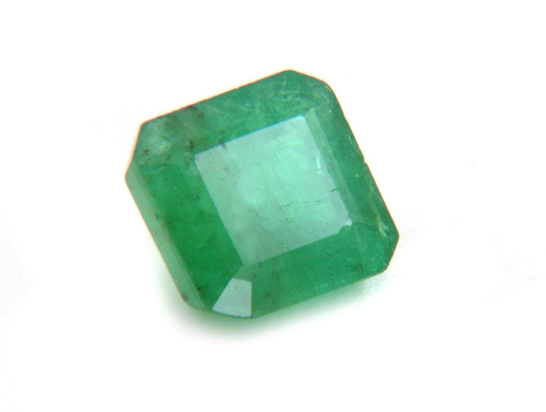 gemstone quality gets emerald lot matching and still of gems jyotish criteria premium huge stringent only certified untreated not natural jyotishquality which out selected the